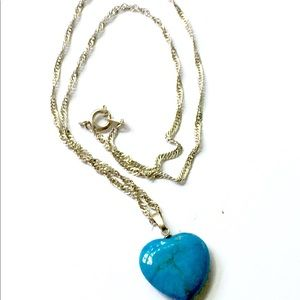 Vintage Jewelry - Turquoise Stone Heart Necklace Vintage